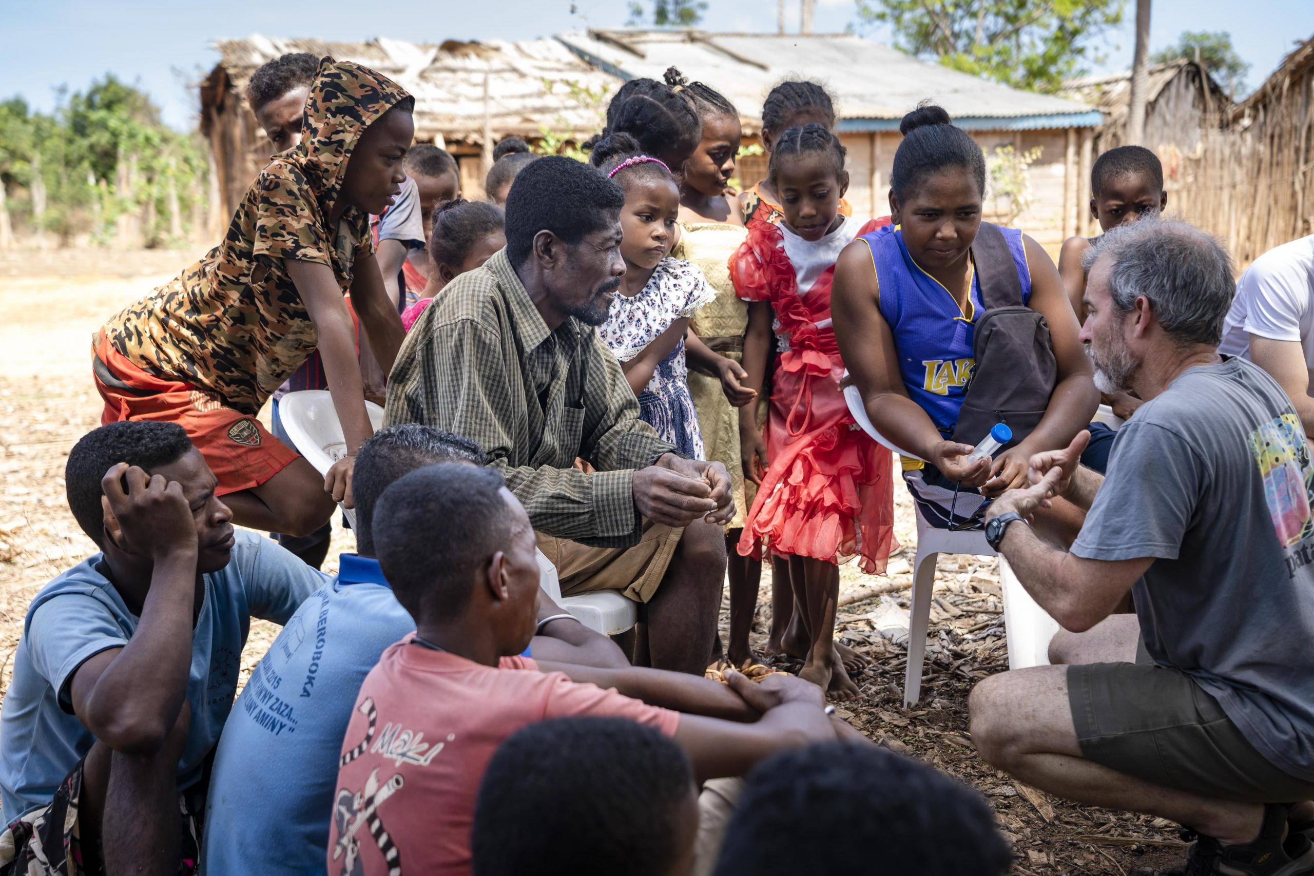 Brian Fisher describes his edible-insect project to residents of Lambokely, a village within the Menabe Antimena Protected Area. Small, village-run cricket farms could help disincentivize unsustainable hunting practices.